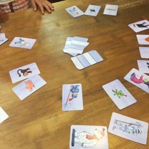 オバケの試験カードゲーム