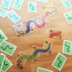 レインボースネーク、虹色のヘビ、ボードゲーム