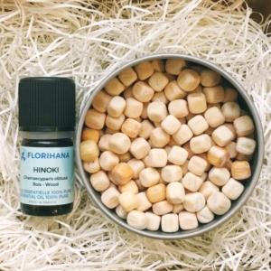 ヒノキ精油とアロマのウッドキューブヒノキのギフトセット